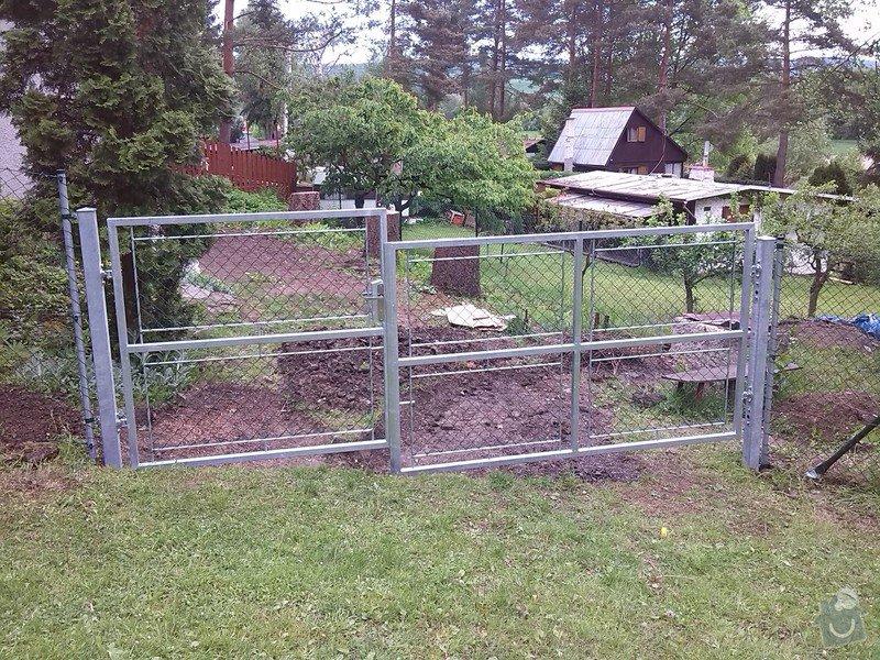 Stavba plotu na klíč: IMG_20140516_105846
