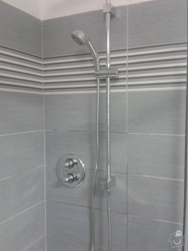 Výměna baterie ve sprchovém koutě: 2014-05-07_12.48.11