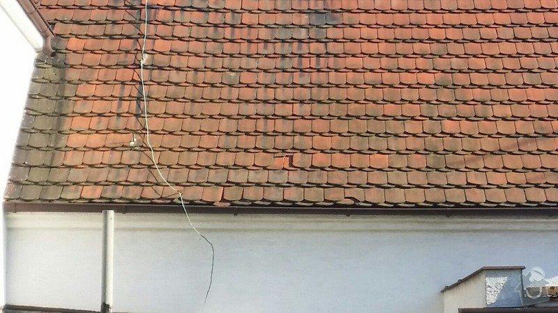 Pokrývačské práce - oprava střechy z pálených tašek: 687755423dc37e33bf1e6b324abd5ad2bcc9fd025d882cf1f2ac532093ff62d0