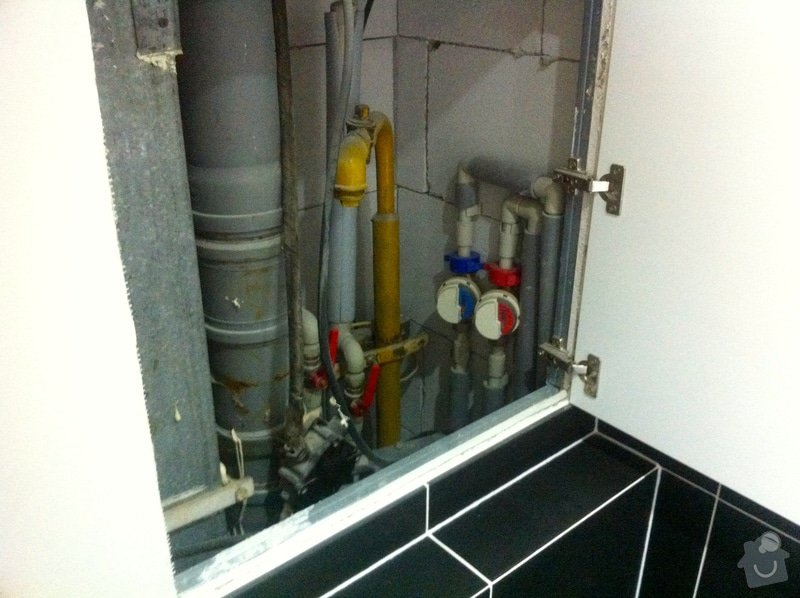Instalace vodního filtru do potrubí v bytě: IMG_6216
