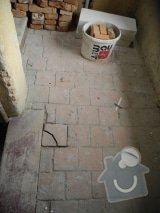 Nove kamenne schody: podesta_druhe_patro_m