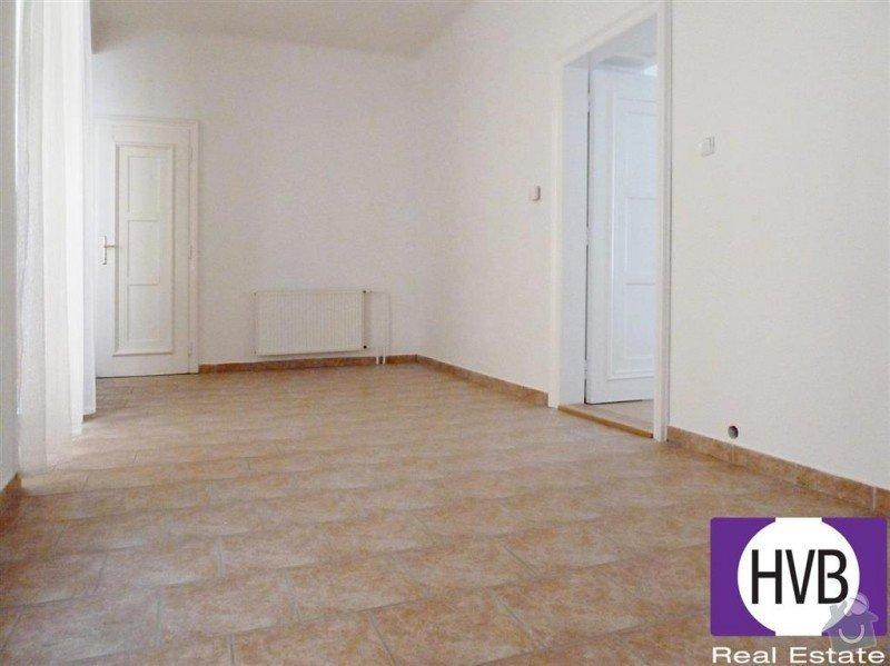 Vinylova podlaha, cca 54 m2: povodna_kuchyna