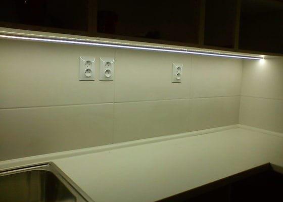 Osvětlení kuch.linky LED profilem