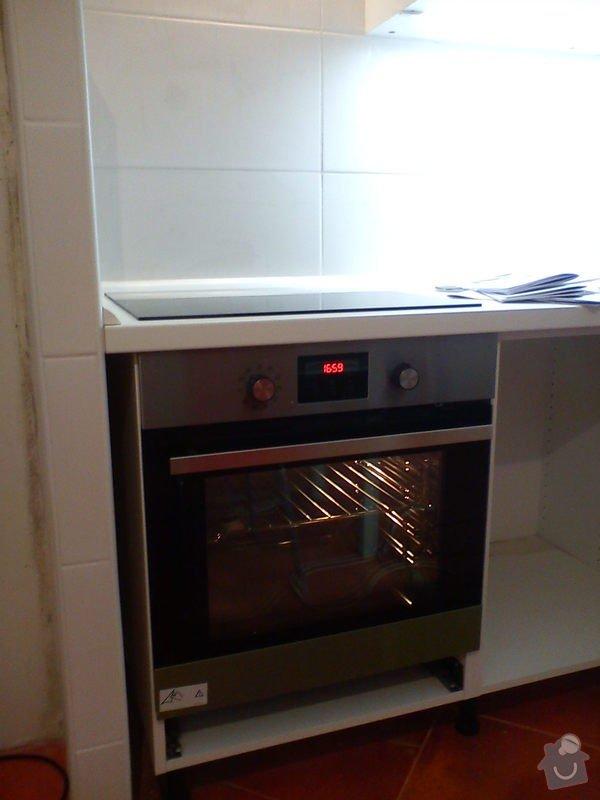 Osvětlení kuch.linky LED profilem: DSC01280