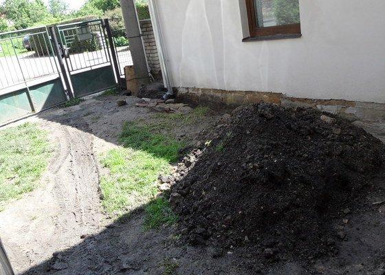 Pokládka zámkové a zatravňovací dlažby