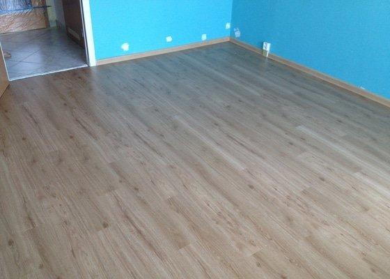 Pokládky vinylové podlahy, výrobce Fatra Napajedla, 15 m2