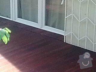 Dřevěna terasa ze schodamy a zabradli: Obraz0099