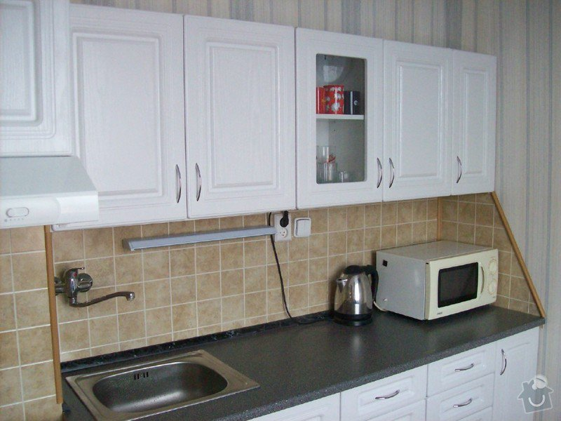 Částečná rekonstrukce malé panelákové kuchyně  ( cca 2,5x2,5 m): kuchyne_rekon._6