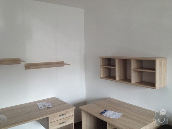 Rekonstrukce panelákového bytu 4+1: obyvak_kotveni_nabytku_3261