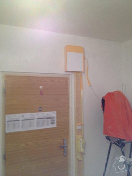 Rekonstrukce panelákového bytu 4+1: chodba_zapraveni_malba_3142