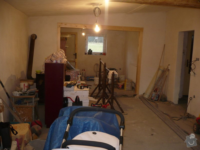 Podlahu obývák kuchyň.  35metru: P1170514