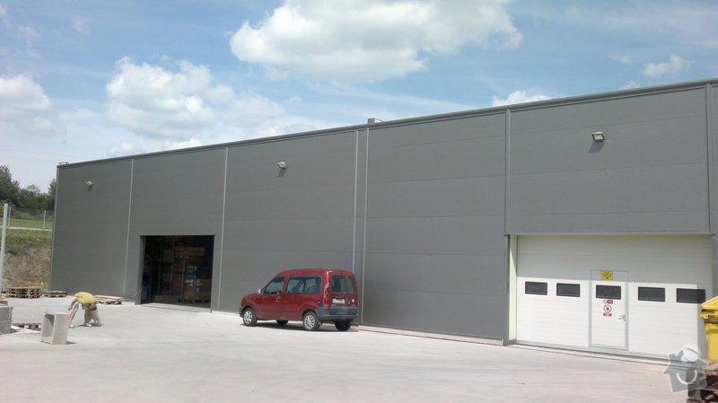 Osvětlení skladovací haly včetně elektroinstalace: 2014-06-02-087