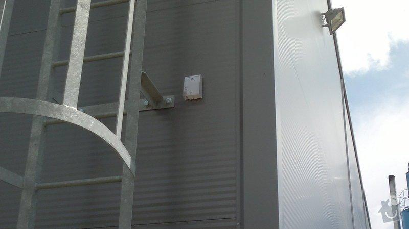 Osvětlení skladovací haly včetně elektroinstalace: 2014-06-02-095
