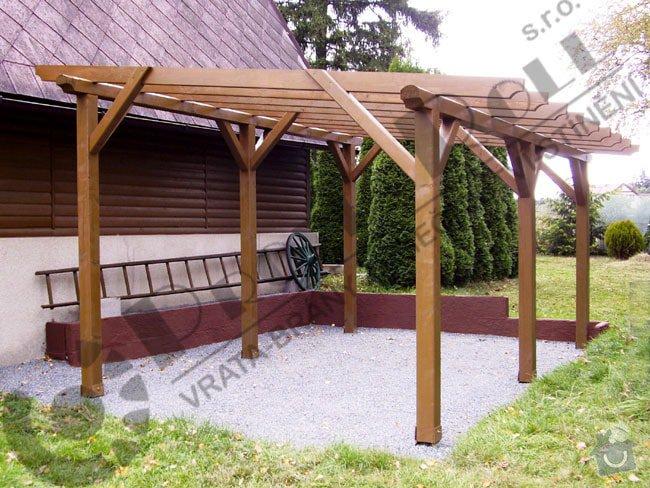 Pergola 4krát 5m výška cca 220cm stěcha vlnitý polykarbonat  záda mřížka: pergola_250x420_4__PR_650