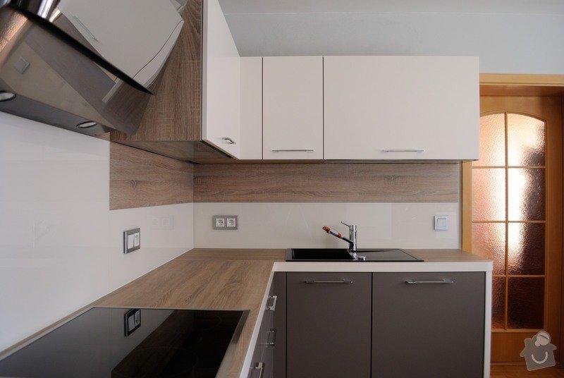 Rohová kuchyně s technickým blokem vysokých skříní: DSC_3302