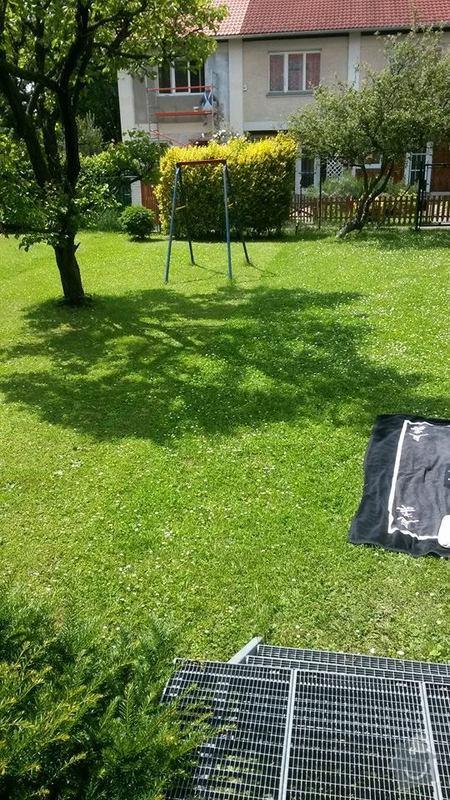Plot na rozdělení zahrady od sousedů: zahrada