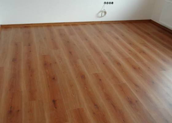 Pokládka vinylové podlahy DesignLine King Size - Čebín .
