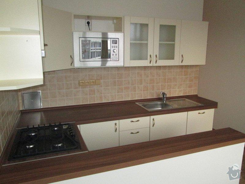 Rekonstrukce byt.jádra včetně kuch. linky: IMG_3082
