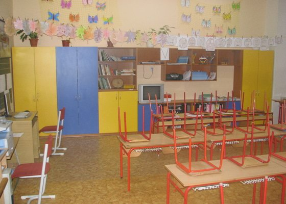 Nábytek do třídy ZŠ