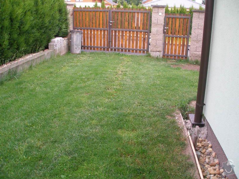 Pokládka zámkové dlažby: P5230518