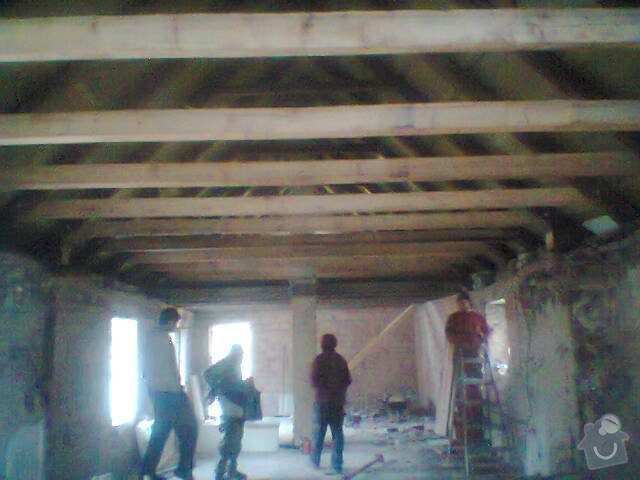 Renovace dřevěného stropu: Fotografie1478
