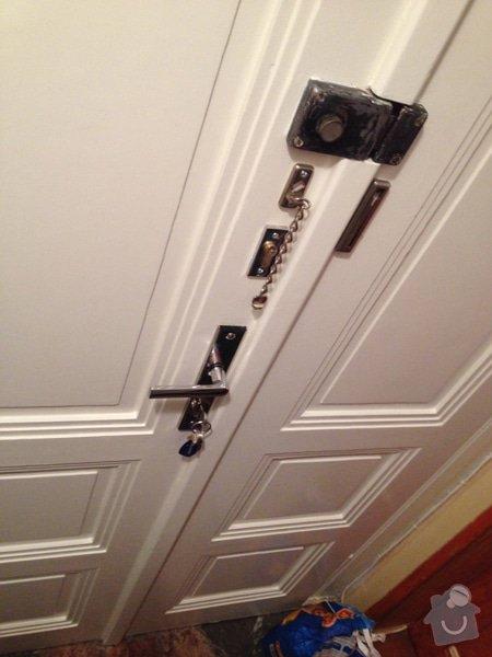 Renovace vstupních dveří: IMG_4812