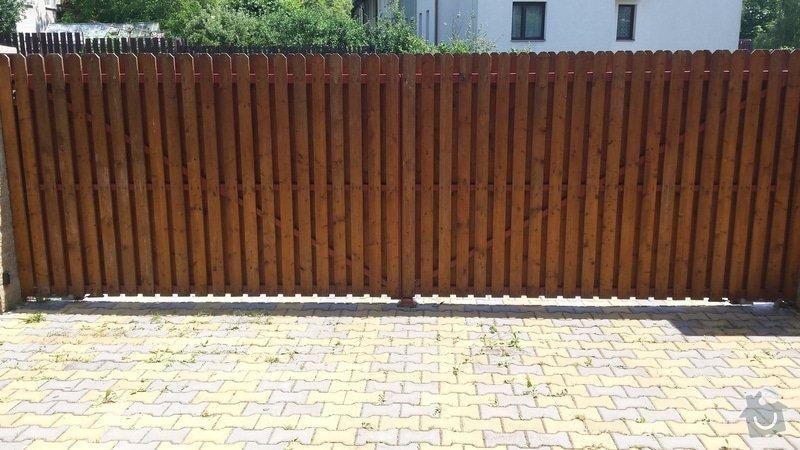 Lakýrnické práce - nátěr plotových latěk: 20140611_124735