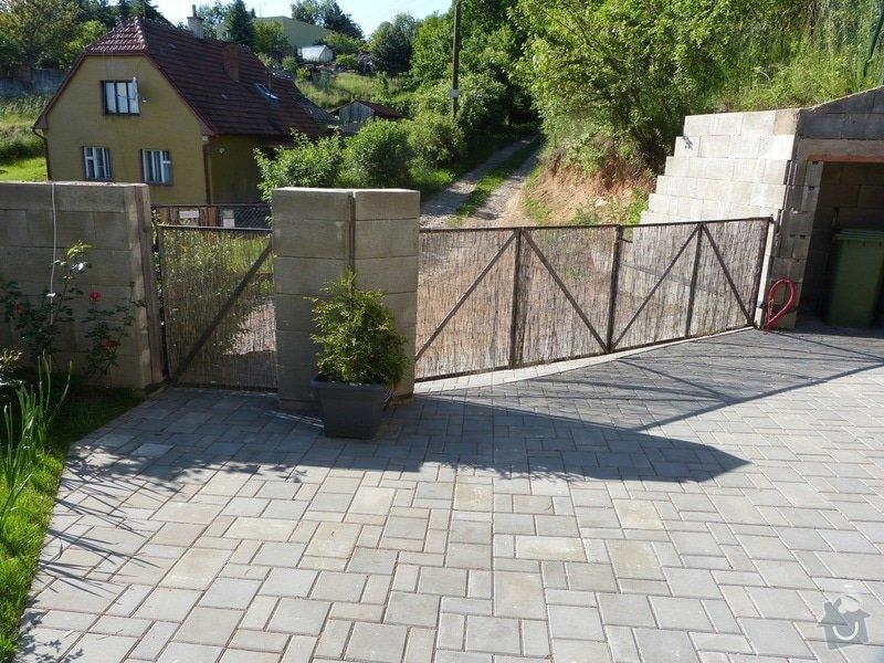 Automatická křídlová brána a branka: brana_branka_zevnitr
