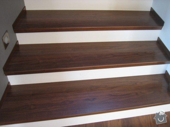 Dřevěné zábradlí kombinace se sklem: s12