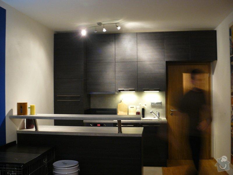 Kuchyň a vestavěnou skřín: P1060789