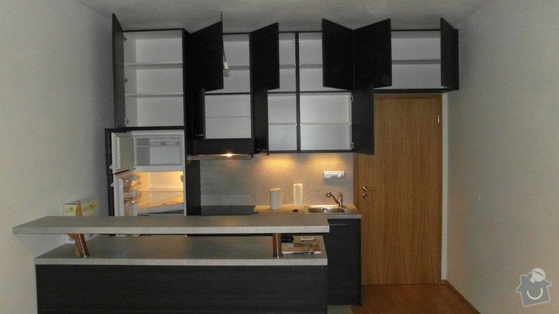 Kuchyň a vestavěnou skřín: SAM_0196