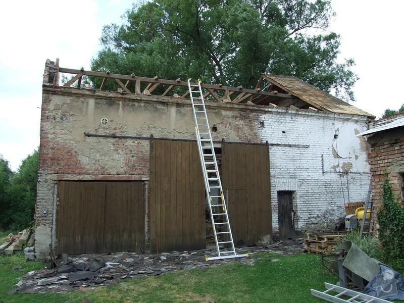 Demontáž střechy stodoly : Sobechlebska_013