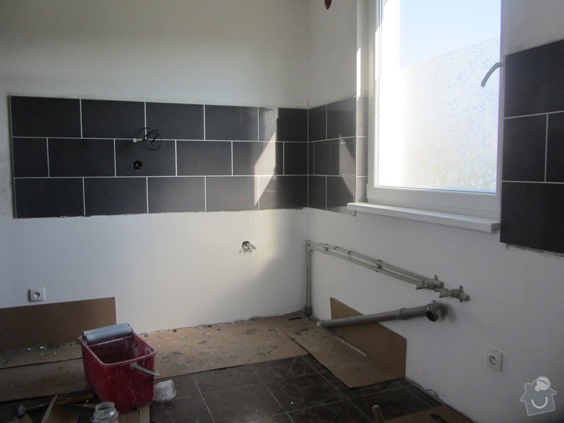 Obklad kuchyně cca 5 m2: IMG_0600