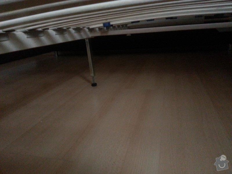Truhlářské práce - vestavěnou skříň + úložný prostor pod postel + drobné opravy: 20130826_175439