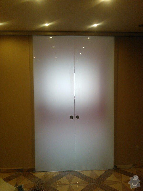 Posuvné celoskleněné dveře,sprchový kout: WP_002115