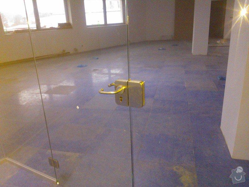 Skleněné zastřešení terasy,skleněné kanceláře: WP_001919