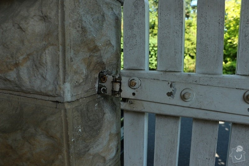 Rekonstrukce plotu: 7_branka1