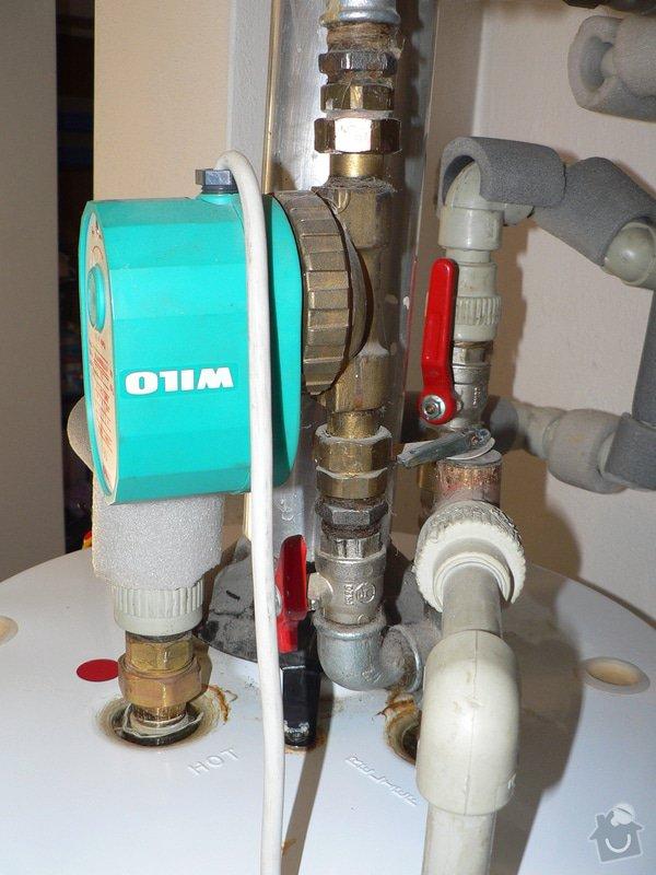 Výměnu stacionárního plynového ohřívače s odtahem spalin do komína Enbra JW 30 S - 114 l: P1390025