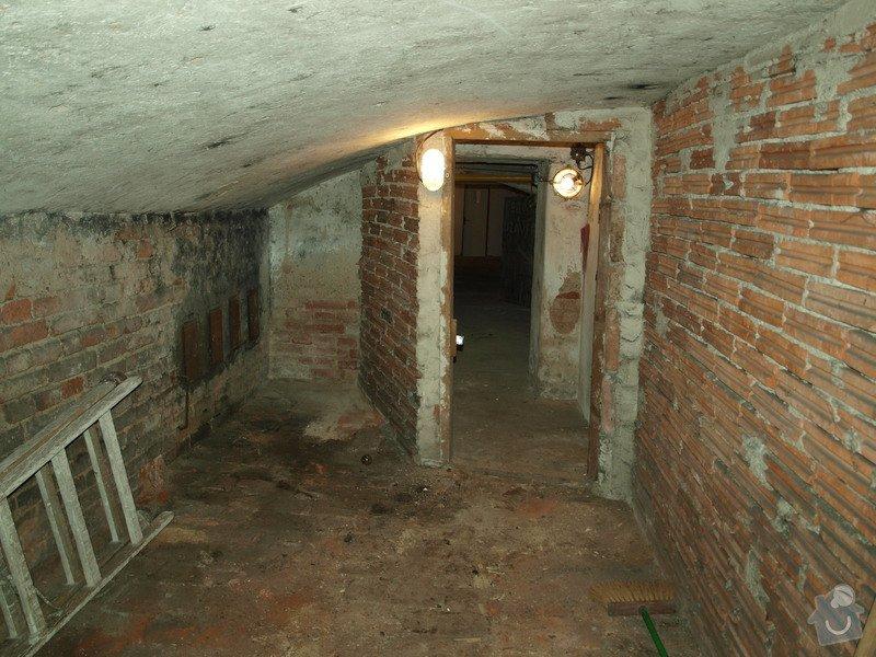 Rekonstrukce starého sklepa v činžovním domě (cca 25 m2): P6061685