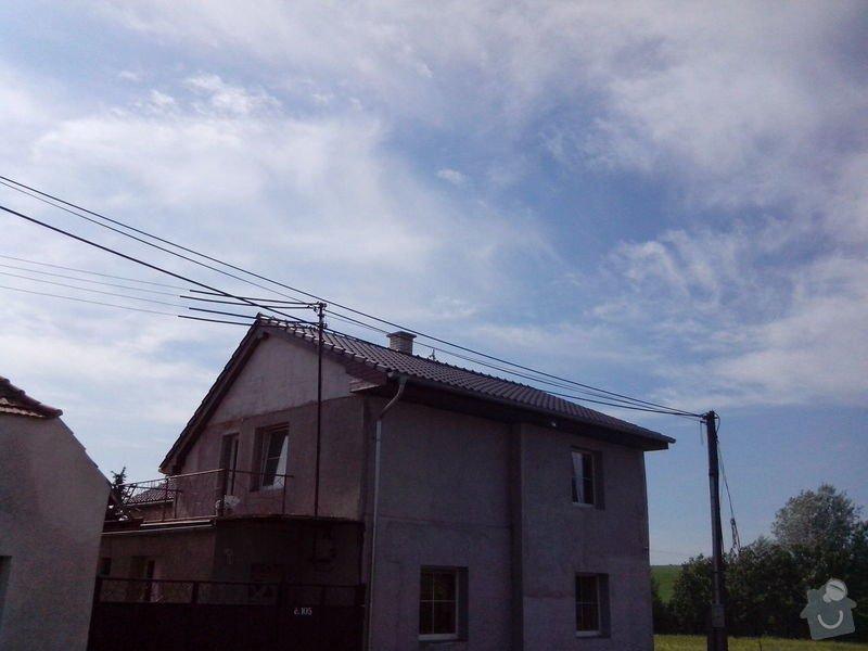 Střecha: b