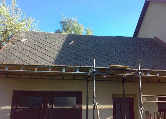 Nová střecha + půdní vestavba - jaro 2014