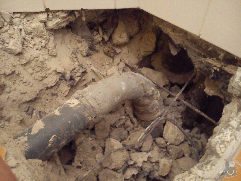 Oprava odpadního potrubí: DSC_0072