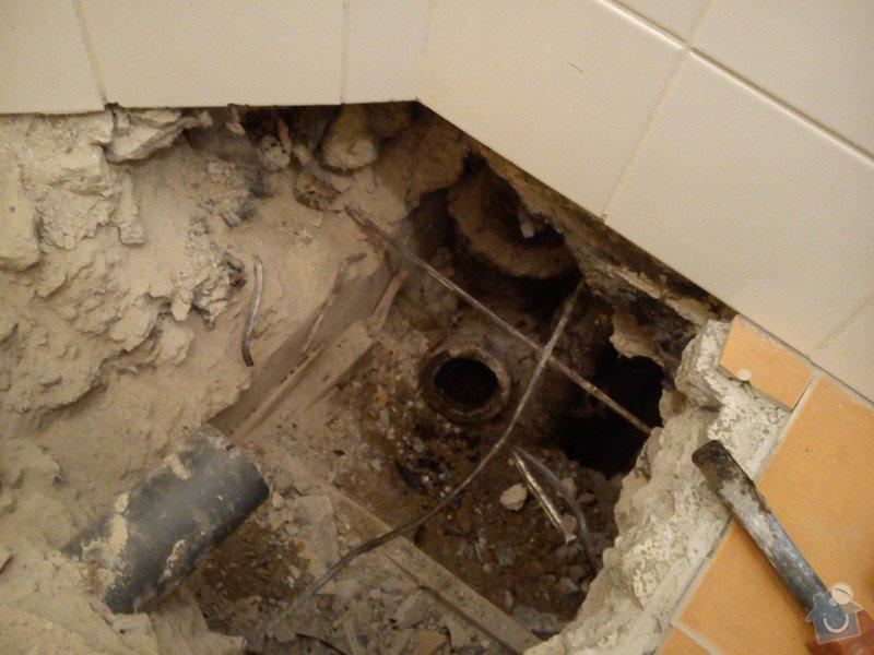 Oprava odpadního potrubí: DSC_0086