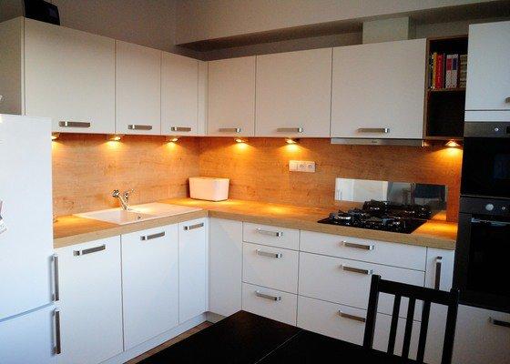 Kuchyně do panelového domu pro mladý pár, Plzeň