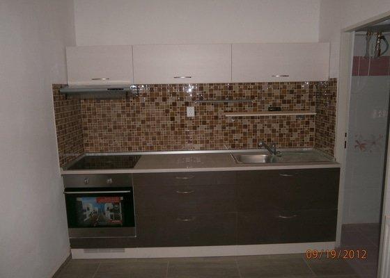 Kuchyn + koupelna + dlažba
