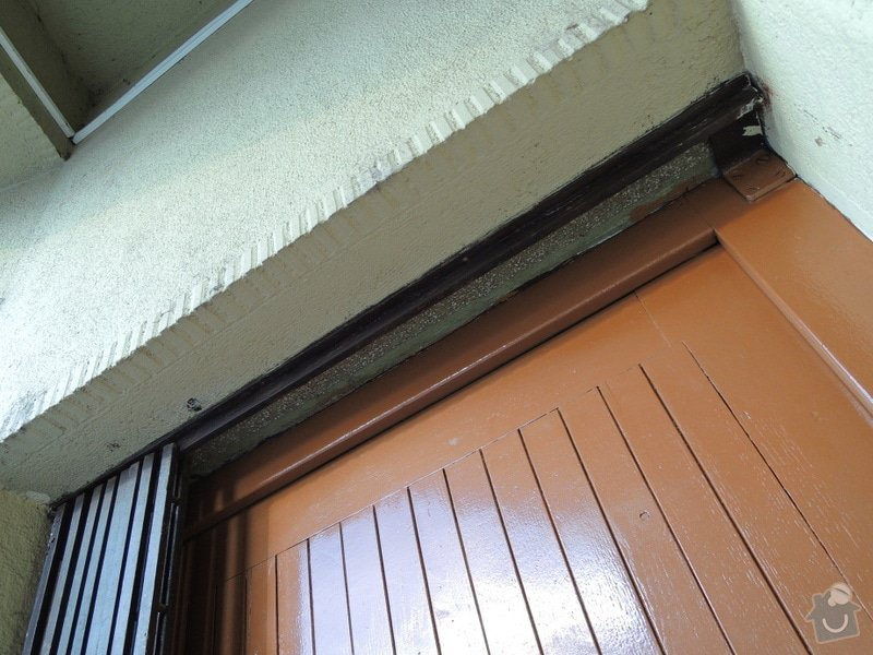 Rekonstrukce vchodových dveří pro kancelář: DSCN1961