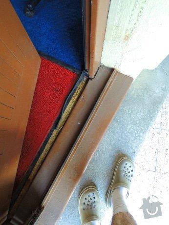 Rekonstrukce vchodových dveří pro kancelář: DSCN1970