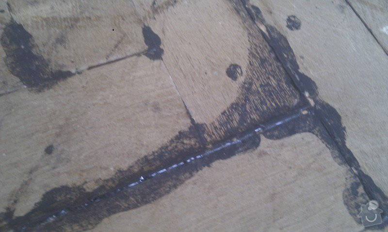 Vyřešit problém dřevěné podlahy lepené v asfaltu:32m2: LozniceIMAG2353