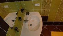 Úprava a výměna dveří , rekonstrukce koupelny