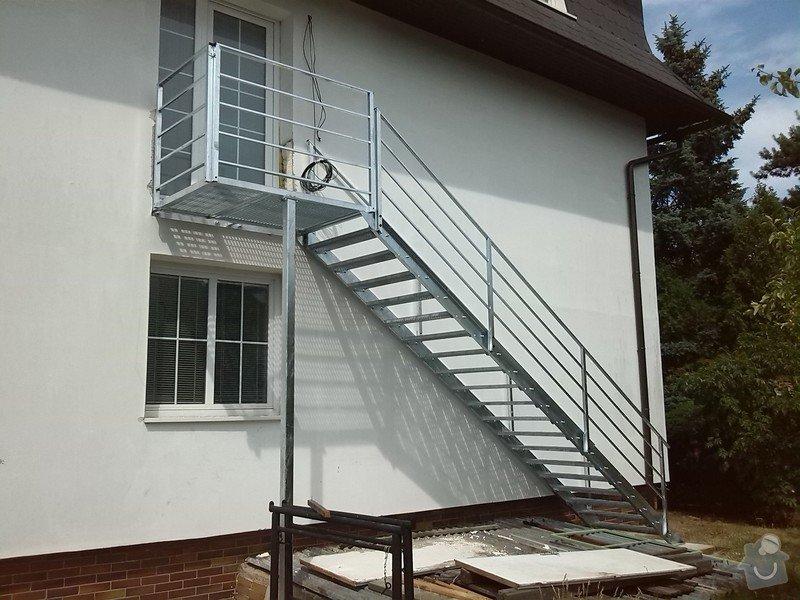 Kovové externí schodiště: IMG_20140705_150835